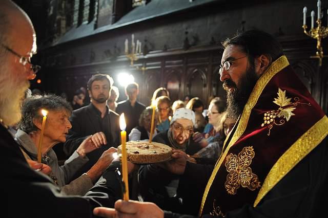 Parastas în memoria lui Mircea Vulcănescu, Catedrala română din Paris, 22.05.2011