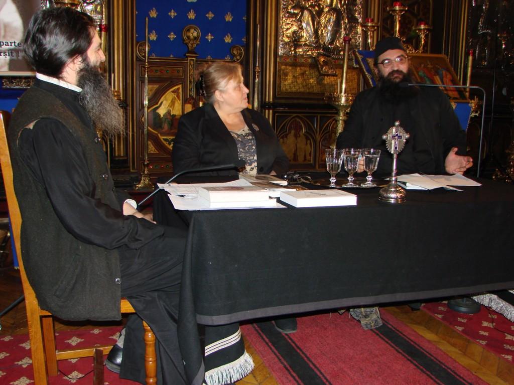 Părintele Moise Iorgovan vorbind despre Valeriu Gafencu în Catedrala Ortodoxă Română Sfinții Arhangheli din Paris