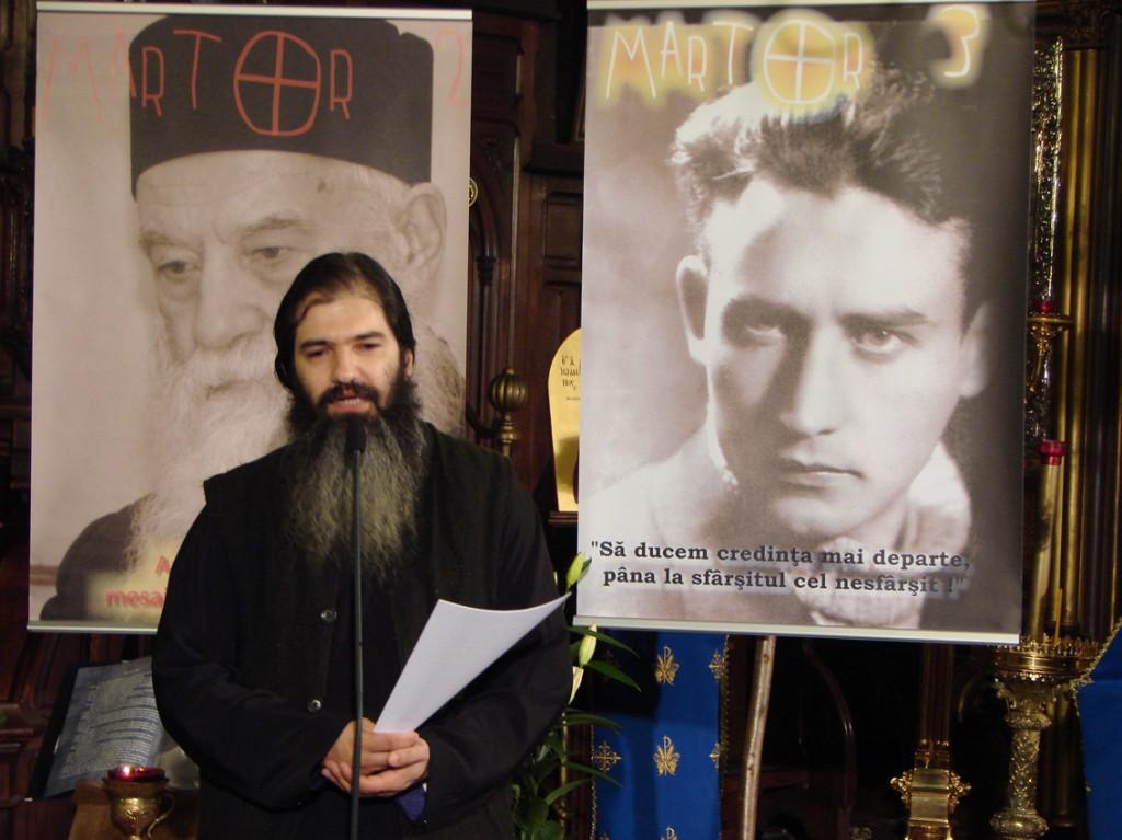 Pr. Emilian Marinescu prezentând evenimentul Martor 3